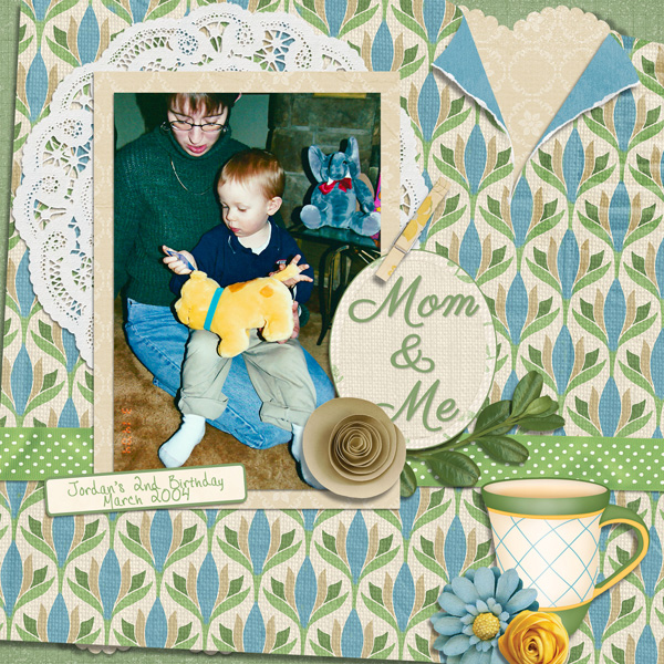 """""""Mom and Me layout using the Mom's Day Collection Biggie"""